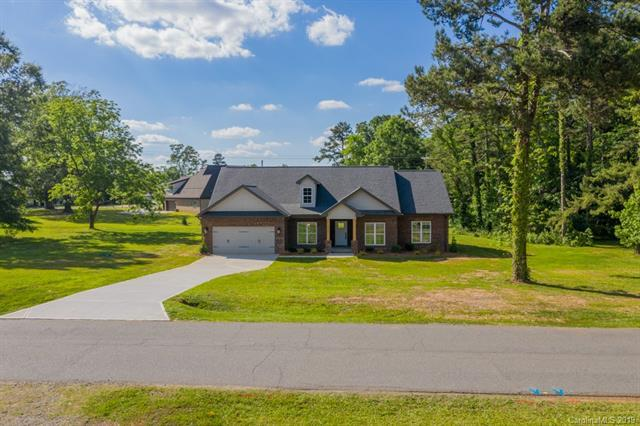 9119 Surface Hill Road, Mint Hill, NC 28227 (#3509621) :: Rinehart Realty