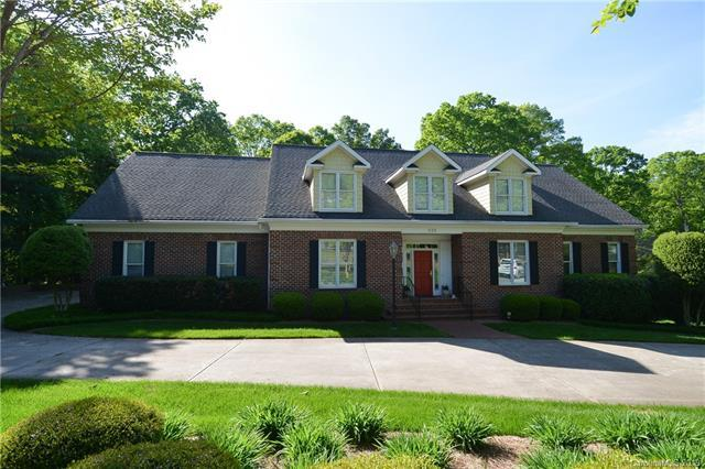 228 Augusta Drive, Statesville, NC 28625 (#3509641) :: High Performance Real Estate Advisors