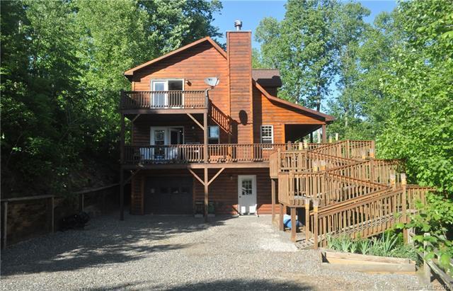 656 Blackberry Ridge, Burnsville, NC 28714 (#3509677) :: The Andy Bovender Team