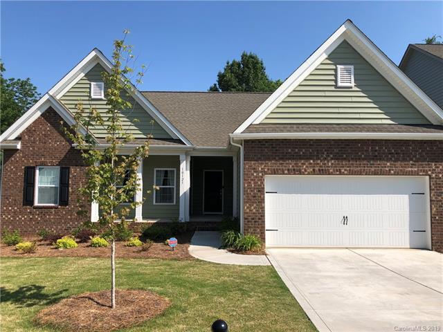 10123 Meridale Crossing Drive, Charlotte, NC 28269 (#3509743) :: Homes Charlotte