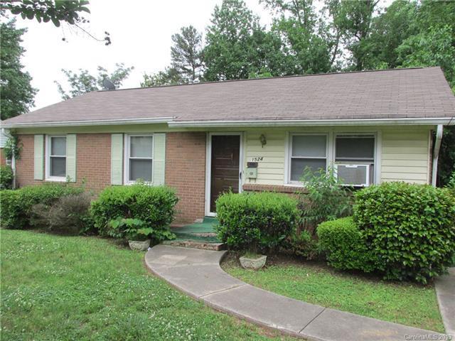 1524 Mcallister Drive #27, Charlotte, NC 28216 (#3509792) :: Homes Charlotte
