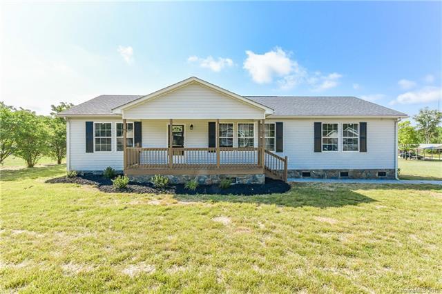 1027 Canada Drive, Dallas, NC 28034 (#3509813) :: Homes Charlotte