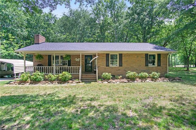1420 Swift Road, Oakboro, NC 28129 (#3509910) :: The Ramsey Group