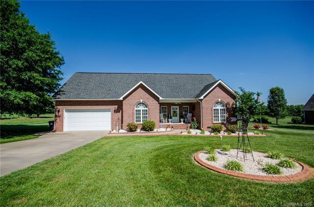 165 Skyland Drive, Statesville, NC 28625 (#3509917) :: Besecker Homes Team