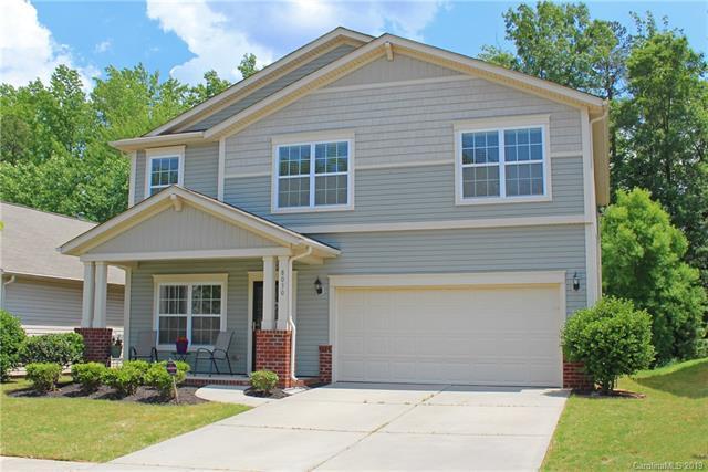 8030 Hereford Street, Charlotte, NC 28213 (#3509925) :: Besecker Homes Team