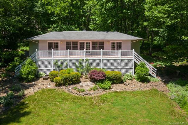 146 Little Creek Lane, Maggie Valley, NC 28751 (#3509987) :: Mitchell Rudd Group