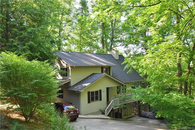 110 Honeysuckle Lane, Maggie Valley, NC 28751 (#3510058) :: The Ramsey Group