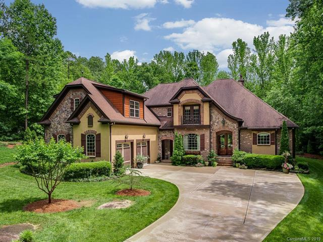 6031 Greystone Drive, Matthews, NC 28104 (#3510107) :: Robert Greene Real Estate, Inc.