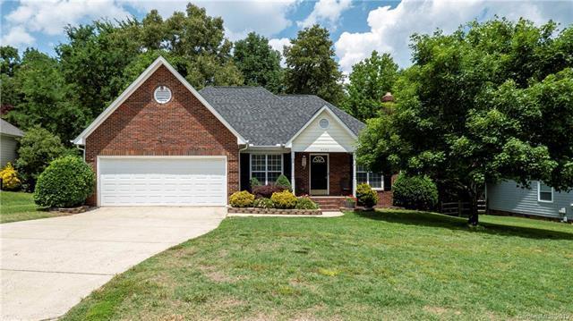 4370 Appaloosa Lane, Charlotte, NC 28215 (#3510132) :: Carlyle Properties