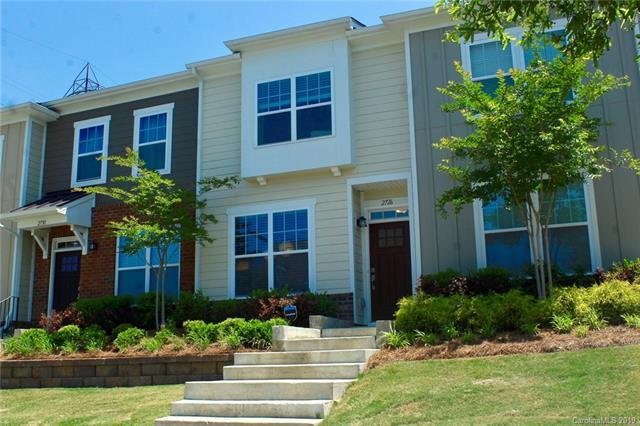 2726 Tranquil Oak Place, Charlotte, NC 28206 (#3510242) :: Washburn Real Estate