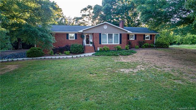 16589 Nc 138 Hwy Highway, Albemarle, NC 28001 (#3510262) :: Robert Greene Real Estate, Inc.