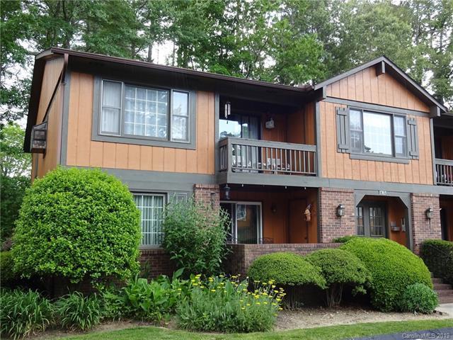 1765 Haywood Manor Road, Hendersonville, NC 28791 (#3510273) :: The Ramsey Group