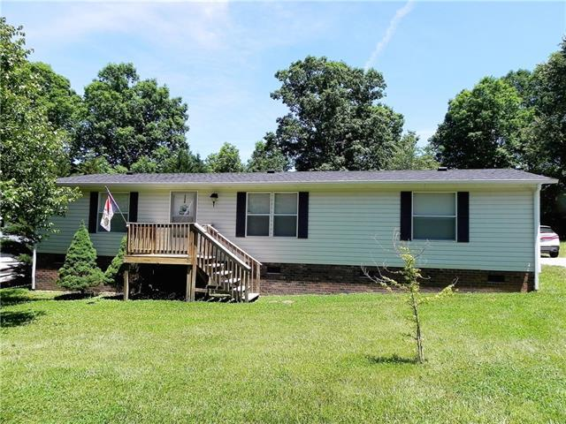 3308 Grassy Meadows Place, Lenoir, NC 28645 (#3510278) :: Washburn Real Estate