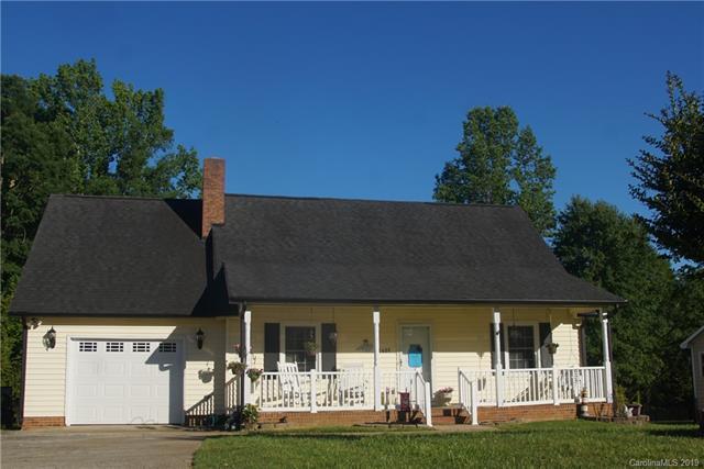 2629 Castlehill Road, Gastonia, NC 28052 (#3510305) :: Robert Greene Real Estate, Inc.