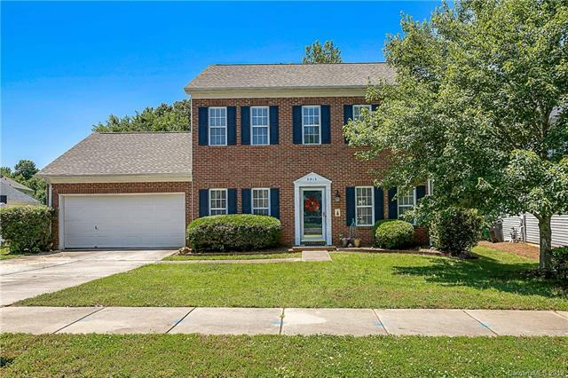 9913 Highlands Crossing Drive, Charlotte, NC 28277 (#3510309) :: Mitchell Rudd Group