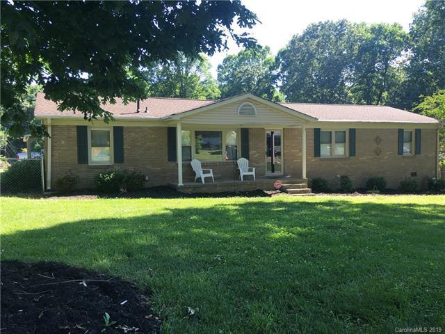 301 Witten Lane, Gastonia, NC 28052 (#3510346) :: Besecker Homes Team