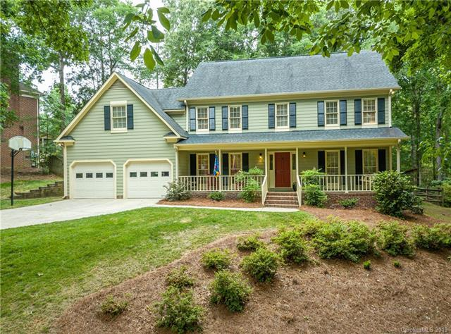 320 Rose Arbor Lane, Matthews, NC 28105 (#3510739) :: Puma & Associates Realty Inc.