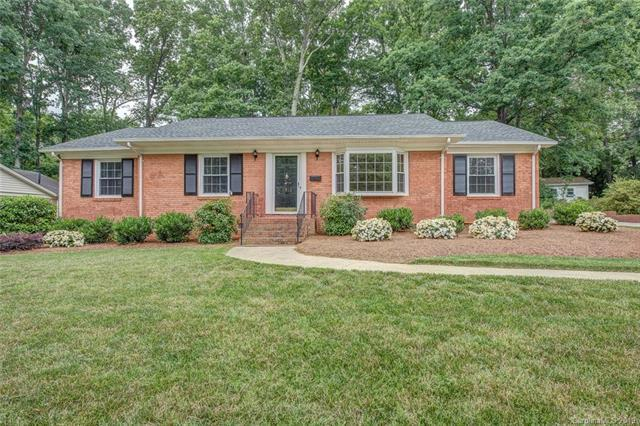 1013 Nottingham Drive, Gastonia, NC 28054 (#3510893) :: Odell Realty