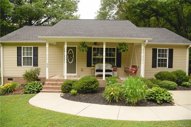 913 Dewey Street, Gastonia, NC 28054 (#3510953) :: High Performance Real Estate Advisors