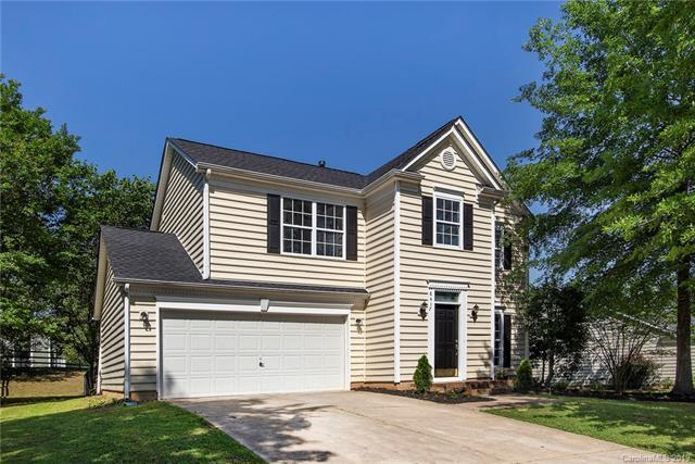 8417 Hornwood Court, Charlotte, NC 28215 (#3510969) :: RE/MAX RESULTS