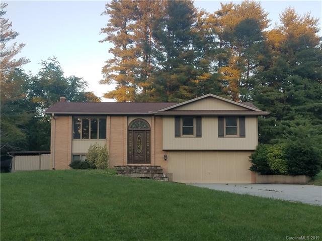 523 Whispering Hills Drive, Hendersonville, NC 28792 (#3511038) :: High Performance Real Estate Advisors