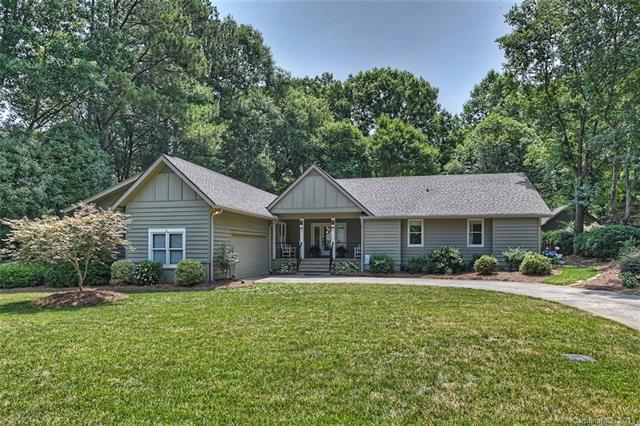 10 Duck Hook Circle, Lake Wylie, SC 29710 (#3511069) :: LePage Johnson Realty Group, LLC
