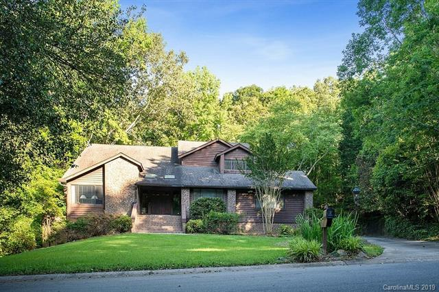 321 Forest Trail Drive, Matthews, NC 28105 (#3511229) :: Puma & Associates Realty Inc.