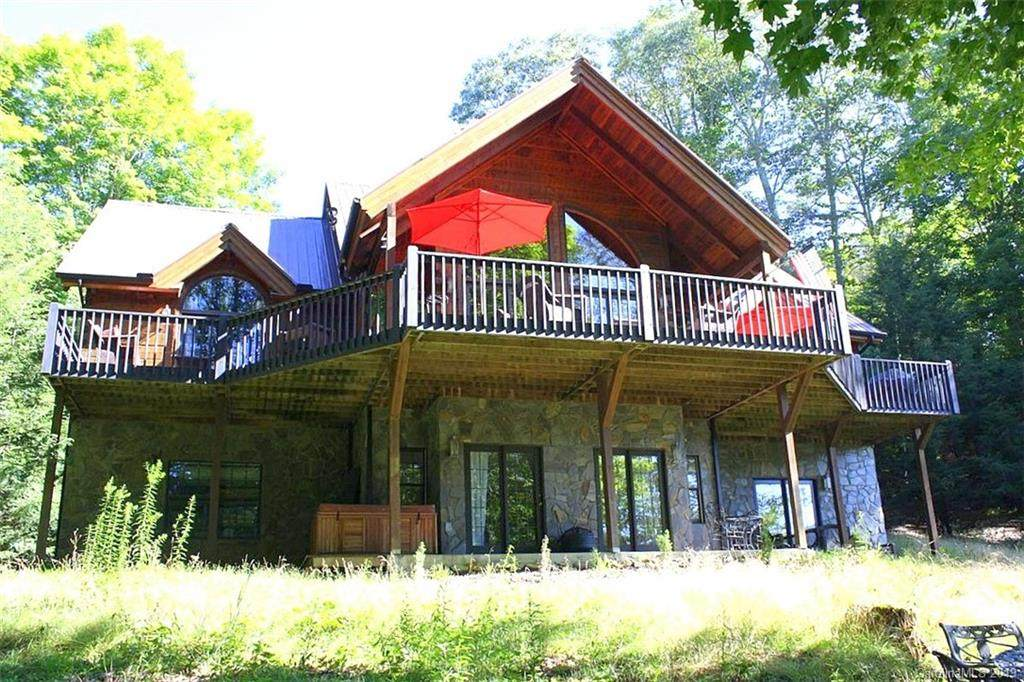 100 Hampton Gap Drive, Mars Hill, NC 28754 (#3511240) :: Bluaxis Realty