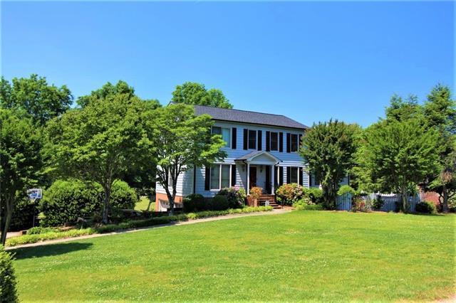 1047 Randolph Circle SE, Lenoir, NC 28645 (#3511260) :: Carlyle Properties