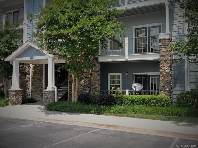 600 Vista Lake Drive #103, Candler, NC 28715 (#3511309) :: LePage Johnson Realty Group, LLC