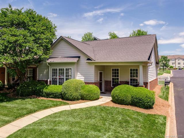 12936 Park Crescent Circle, Pineville, NC 28134 (#3511368) :: MartinGroup Properties