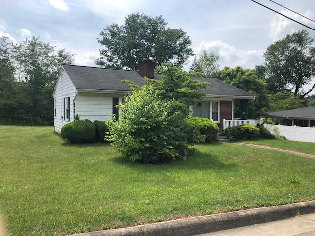 713 Circle Drive NE, Lenoir, NC 28645 (#3511402) :: Carlyle Properties