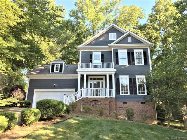 7811 Hollow Oaks Lane, Waxhaw, NC 28173 (#3511417) :: The Premier Team at RE/MAX Executive Realty