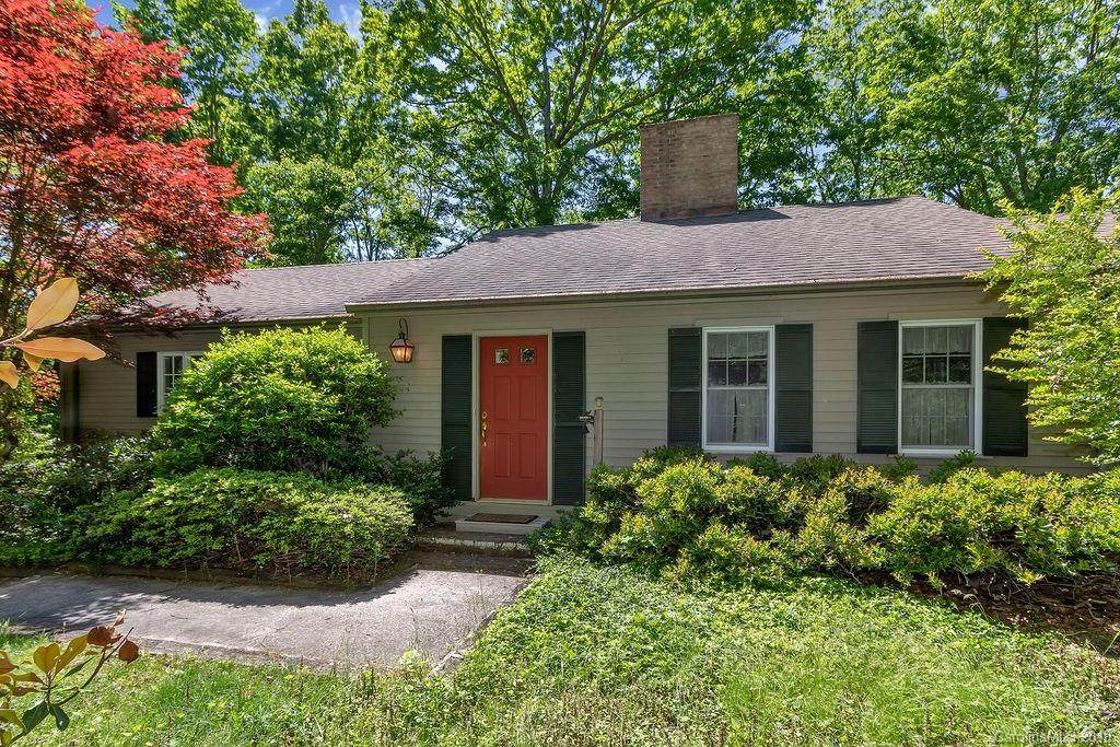 183 Argyll Circle, Pisgah Forest, NC 28768 (#3511482) :: Caulder Realty and Land Co.