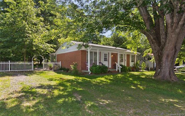 120 Scenic View Drive, Swannanoa, NC 28778 (#3511513) :: Robert Greene Real Estate, Inc.