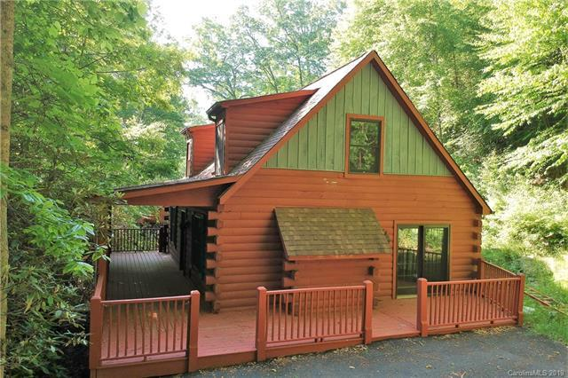 825 Country Club Drive, Maggie Valley, NC 28751 (#3511520) :: Charlotte Home Experts