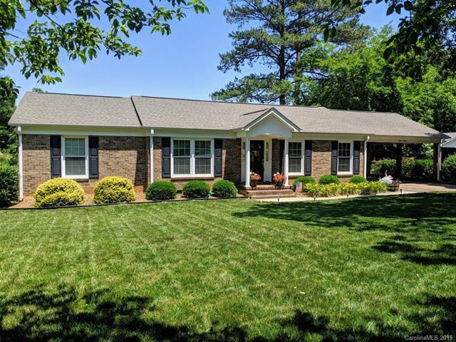 2020 Hempstead Road, Rock Hill, SC 29732 (#3511532) :: Rinehart Realty