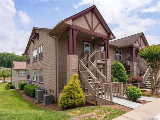 2302 Deermouse Way #2302, Hendersonville, NC 28792 (#3511577) :: Bluaxis Realty
