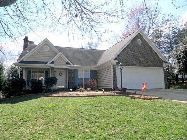 7118 Hunters Bluff Drive, Denver, NC 28037 (#3511679) :: Chantel Ray Real Estate