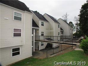 9119 Spyglass Place L, Charlotte, NC 28214 (#3511714) :: Rinehart Realty