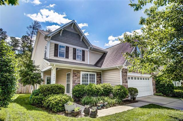 9808 Dominion Crest Drive, Charlotte, NC 28269 (#3511732) :: Rinehart Realty
