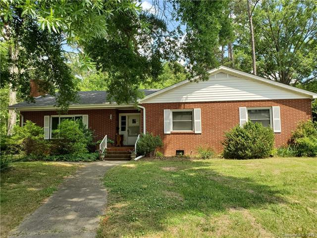 1504 Parkview Circle, Salisbury, NC 28144 (#3511812) :: Bluaxis Realty