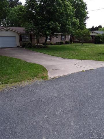 2324 Sandy Lane, Albemarle, NC 28001 (#3511889) :: Bluaxis Realty