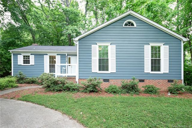 6313 Grove Park Boulevard, Charlotte, NC 28215 (#3511902) :: Roby Realty