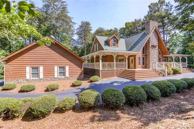 9346 Island Point Road, Sherrills Ford, NC 28673 (#3511926) :: LePage Johnson Realty Group, LLC