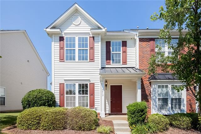 4213 Coulter Crossing, Charlotte, NC 28213 (#3511941) :: Rowena Patton's All-Star Powerhouse