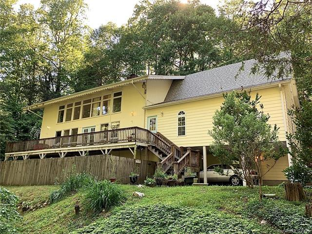 1352 Swiss Pine Lake Drive, Spruce Pine, NC 28777 (#3512072) :: High Performance Real Estate Advisors