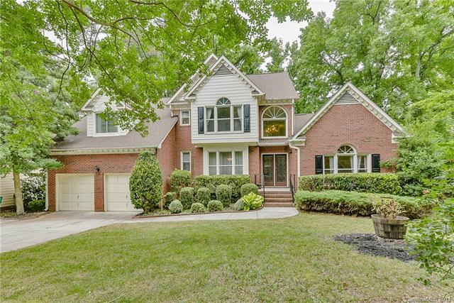 5208 Downing Creek Drive, Charlotte, NC 28269 (#3512146) :: High Performance Real Estate Advisors