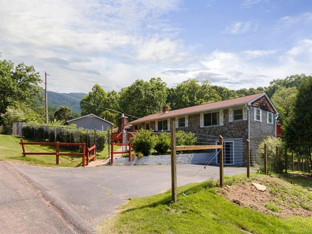 143 Mountain Crest Road, Swannanoa, NC 28778 (#3512364) :: The Elite Group