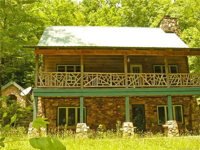 379 Gastons Bee Gum Road, Brevard, NC 28712 (#3512696) :: Keller Williams Professionals